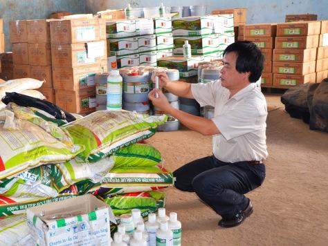 Đại diện Bộ Khoa học công nghệ phát hiện nhiều sai phạm nghiêm trọng trên mặt hàng dán nhãn Made in USA của Cty Thuận Phong