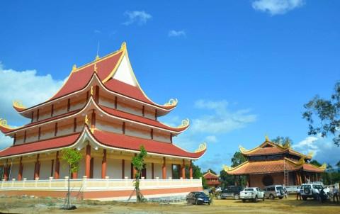 Một góc chùa Khánh Lâm