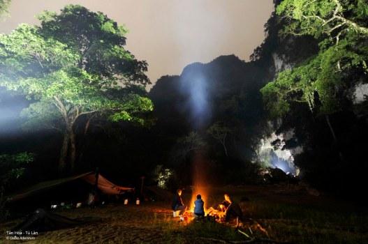 Đêm rừng huyền ảo ở Tú Làn- Ảnh Oxalis