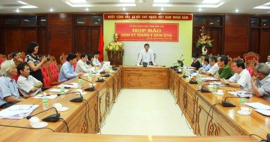 Ông Nguyễn Tuấn Hà phó Chủ tịch UBND tỉnh khẳng định lãnh đạo tỉnh tiếp thu nghiêm túc các vấn đề y tế báo Tiền Phong đã đăng