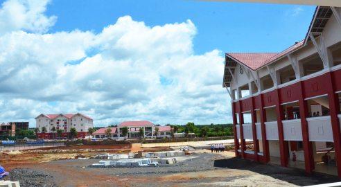 Tới ngày khai giảng trường liên cấp Hoàng Việt vẫn còn nhiều hạng mục tiếp tục xây thêm