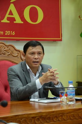 Ông Nguyễn Tuấn Hà phó Chủ tịch UBND tỉnh Đắk Lắk chủ trì họp báo về vụ nổ