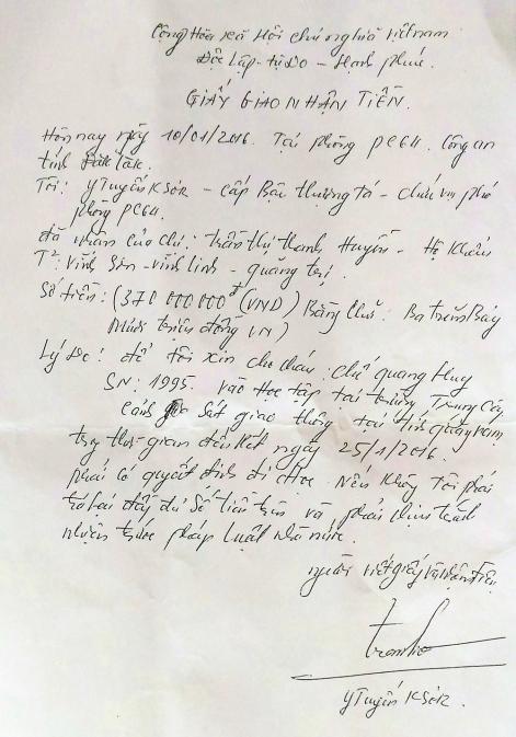 Thượng tá Y Tuyến đã ký hàng chục giấy cam kết kiểu này tại phòng làm việc