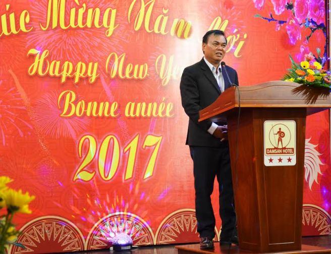 Ông Y Phu Êban, Bí thư tỉnh ủy tỉnh Đắk Lắk  chào mừng đoàn du khách